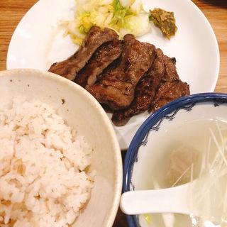 牛タン定食(並)(ヤマジョウ )