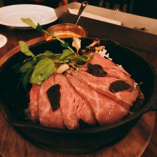燻製ローストビーフのトリュフご飯(TOKYO Whisky Library)