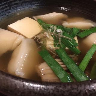 六味出汁でスープギョーザ(六味旬蔵)