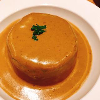 コンソメでやわらかく炊いた大根  ポルチーニ茸クリームソース(赤白 ルクア大阪店 (コウハク))