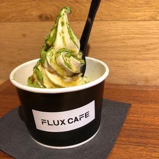 豆乳ソフトクリーム 黒みつ抹茶(フラックス カフェ (FLUX CAFE))