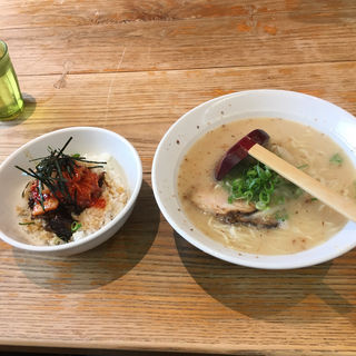 豚丼セット(熊本ラーメンひごっこ 宇野辺本店 )