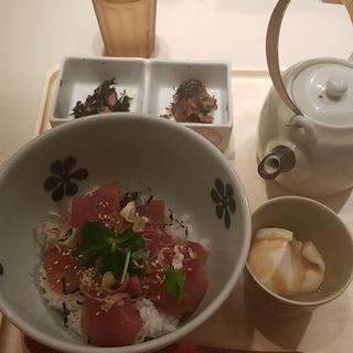 漬け鮪だし茶漬け(だし茶漬け えん 新丸ビル店 (だしちゃづけ えん))