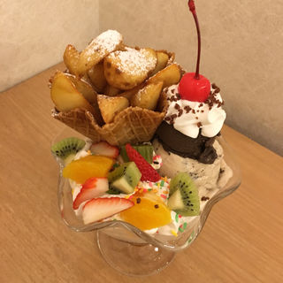 もりもりポテトフライパフェ(からふね屋珈琲店 三条本店 )