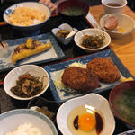 コロッケ定食(まこと )
