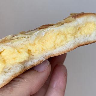 藤の木クリームパン