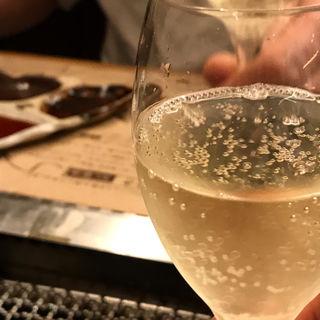 スパークリングワイン ボトル(やきにく萬野 ルクア大阪店)