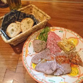 牛タン屋の前菜盛り 1人前(夏火鉢)