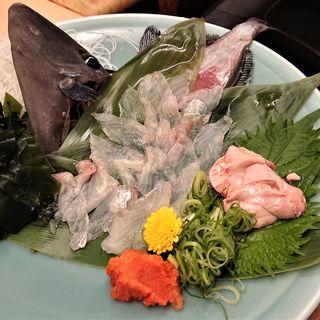 カワハギ薄造り(魚市)
