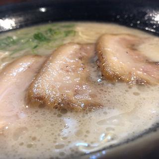 豚骨ラーメン(麺屋 やまいち )