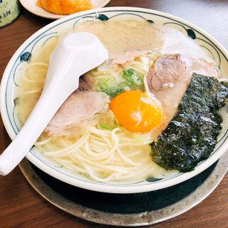 卵入ラーメン(らーめん もとむら (【旧店名】一休軒 鍋島店))