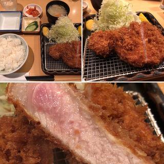 特ロースとんかつ(ポンチ軒 )