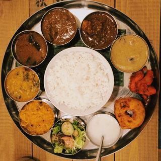 VENUS THALI(ヴェヌス サウス インディアン ダイニング (Venu's South Indian Dining))