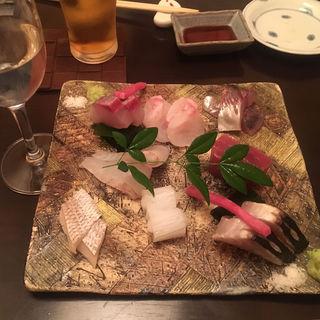 築地直送鮮魚の盛り合わせ(魚斉 )
