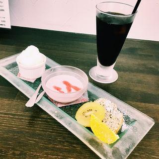 ソフトドリンク・デザート3種盛セット
