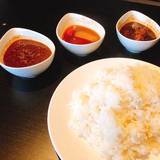 チキン・野菜・ひき肉カレー(マリーアイランガニー )