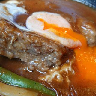 ハンバーグ(三好弥 )