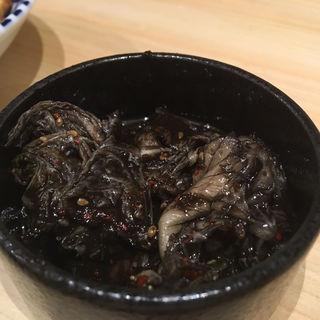 黒キムチ(鮨・酒・肴 杉玉 神保町店)