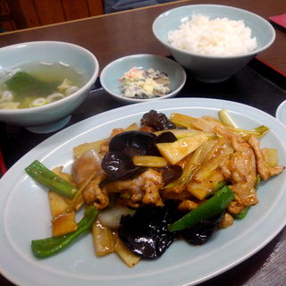 芹菜肉片(賢龍 )