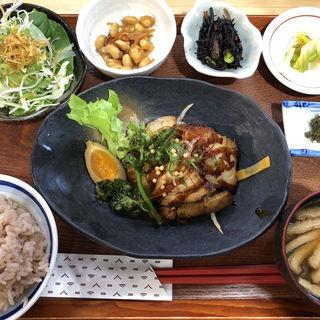 煮豚定食(つちのうぶ)