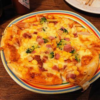 ミックスピザ(ブッチャーズキッチン)