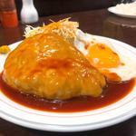 チーズハンバーグ(目玉焼付)