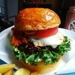 ハンバーガー+エッグ
