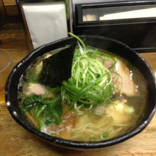 肉塩(麺哲 (めんてつ))