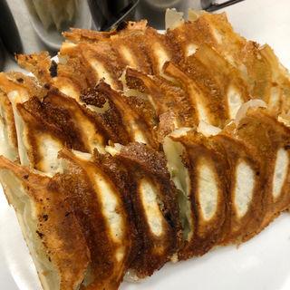 餃子(赤萬餃子 三宮店 )