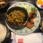 日替り定食(キーマカレーとコロッケ)