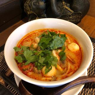 トムヤムクンヌードル(Asian kitchen LUNA)