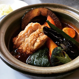 傾奇香味揚げ鶏カレー(スープカレー&ステーキ 傾奇 帯広店)