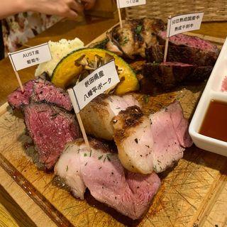 塊肉4種盛り(塊肉&クラフトビール BLOCKS)