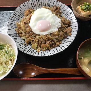 そば飯定食(鉄板ダイニング OKONOMIYA)