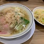 味玉塩らーめん(らーめん鱗 西中島店 (ラーメンウロコ))