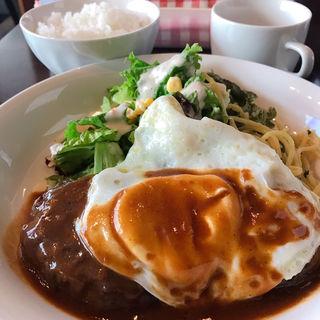 ハンバーグ定食(DAN)