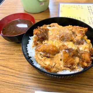 からあげ丼(まんぷく食堂 (まんぷくしょくどう))