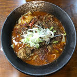 四川紅焼牛肉麺
