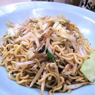 焼きそば(しょうゆ)(中華料理 福すい )