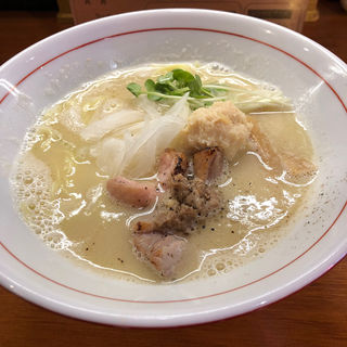 鶏と帆立の塩白湯らあめん(醤油と貝と麺 そして人と夢 )