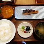焼鮭定食 カレー付