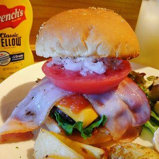 BLTバーガー鳥取和牛100%パティ+チェダーチーズ