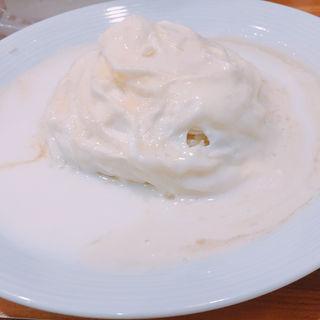純白のドレスオムライス(浅草 キッチン大宮DELI グランフロント大阪店 )