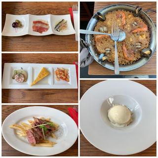 季節の食材でスペイン各地をめぐるランチコース(バル デ エスパーニャ ムイ (BAR de ESPANA MUY))