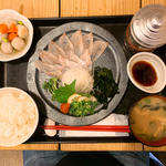マアラ刺身定食(梅山鉄平食堂 )