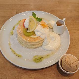爽やかレモンパンケーキ(パンケーキママカフェ VoiVoi (ヴォイヴォイ))