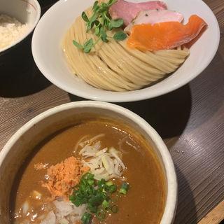 鮭カレーつけ麺(つけ麺一燈 (ツケメンイットウ))
