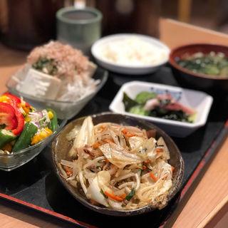 野菜たっぷり野菜炒め(ザめしや 伊丹南店 )
