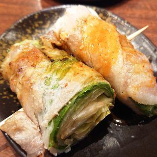 レタスの豚肉巻串(三代目 鳥メロ 大鳥居駅前店)