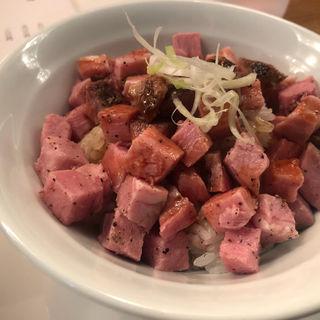 レアチャーシュー丼(田中の中華そば)
